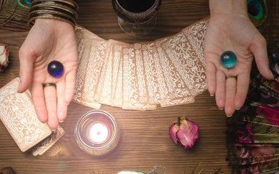 Najbolji tarot majstori: životni put s kartama tarota